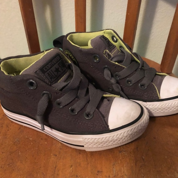 Converse Other - Converse Chuck Taylor No-Lace Mid Top Sz 11 Kids